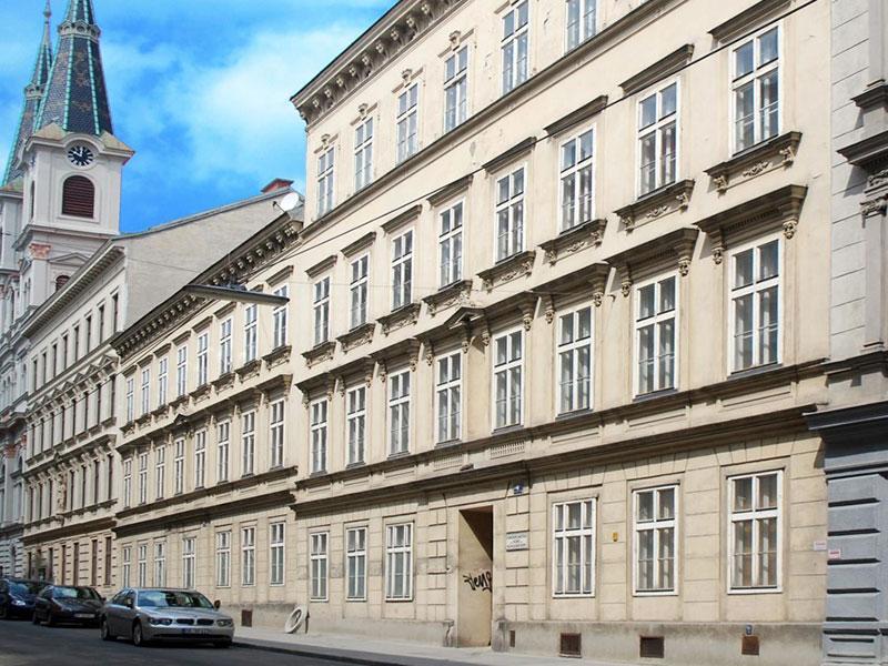 1150 Wien, Pater Schwartz Gasse 4-6
